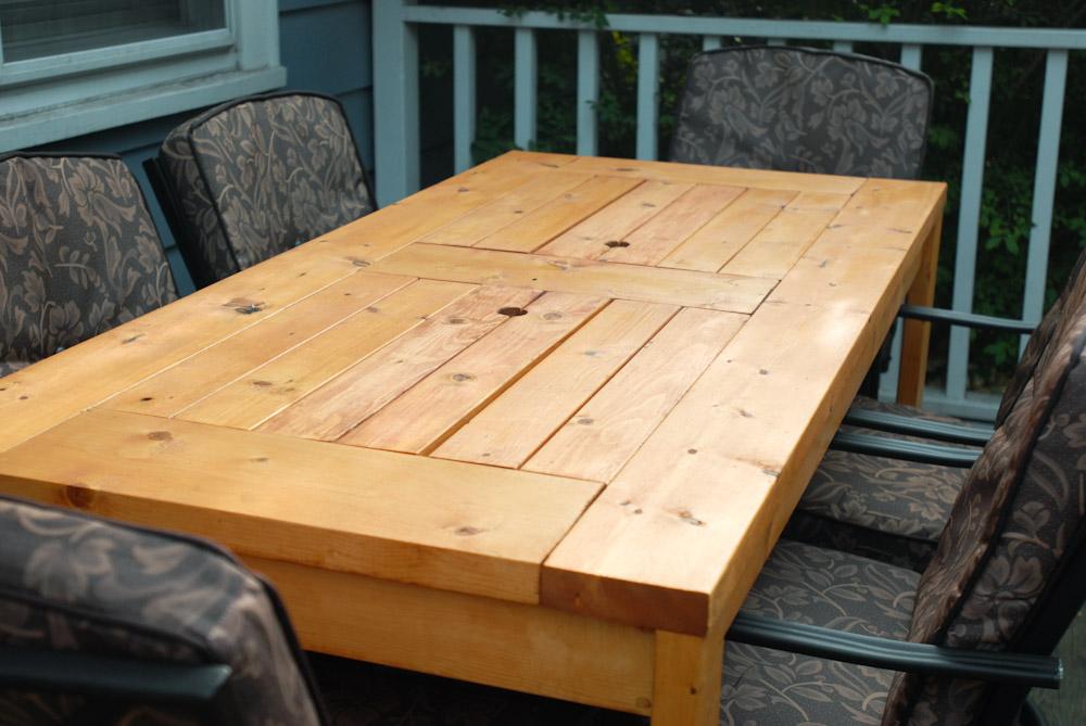 una mesa de madera con cubiteras integradas reformas novodeco reformas en santa pola. Black Bedroom Furniture Sets. Home Design Ideas