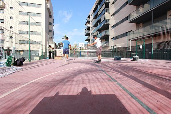 Acondicionamiento de instalaciones deportivas en elche for Oficina repsol butano