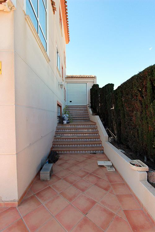 reforma-gran-alacant-escaleras-exterior
