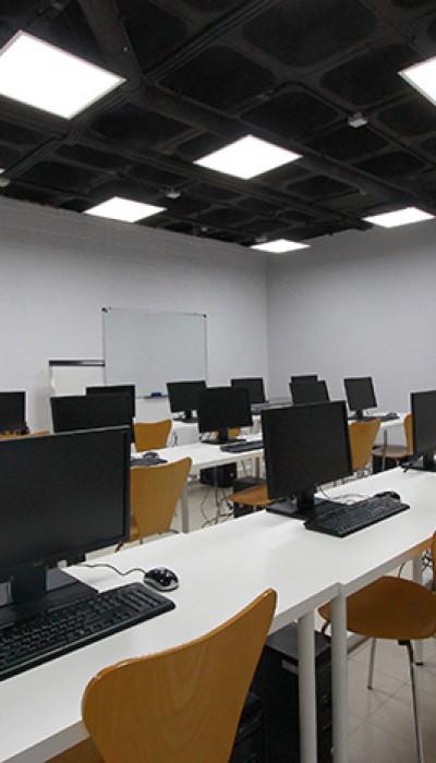 Reforma de tienda nathalie reformas novodeco reformas for Oficina repsol butano