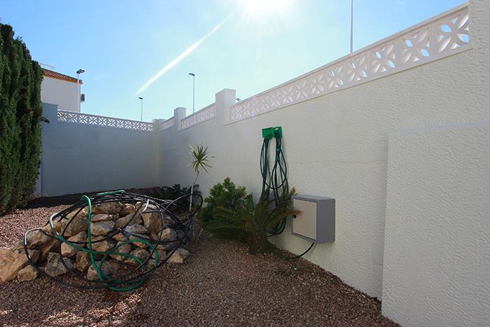 reforma-terraza-jardin-gran-alacant