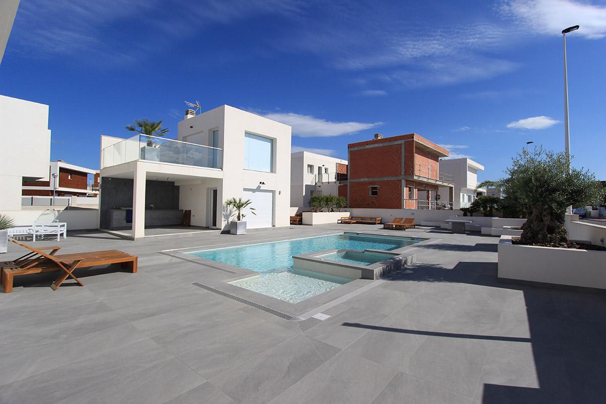 reforma-vivienda-piscina-gran-alacant-07