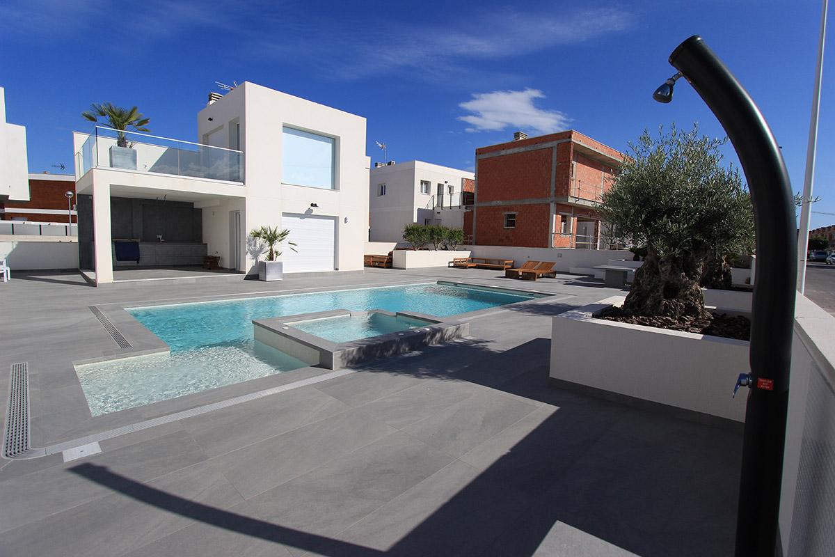 reforma-vivienda-piscina-gran-alacant-15